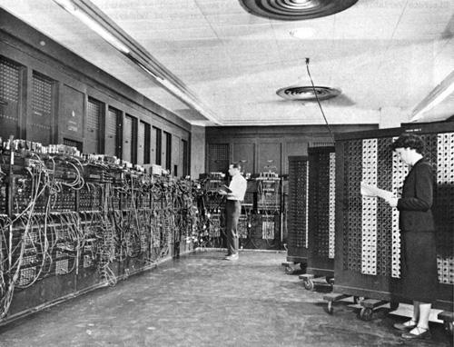 Perviy_Komputer_ENIAC_01