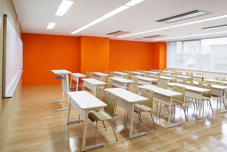 6-colourful-school-in-japan